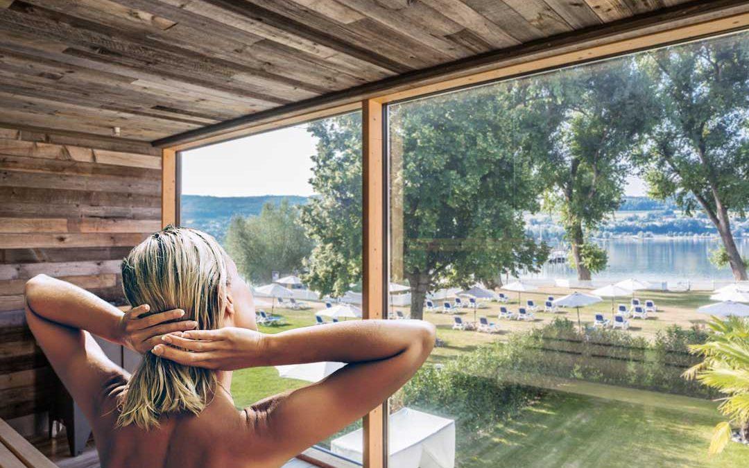 Wellness am Bodensee im HOERI SEE SPA | Entspannung in der Sauna mit Seeblick